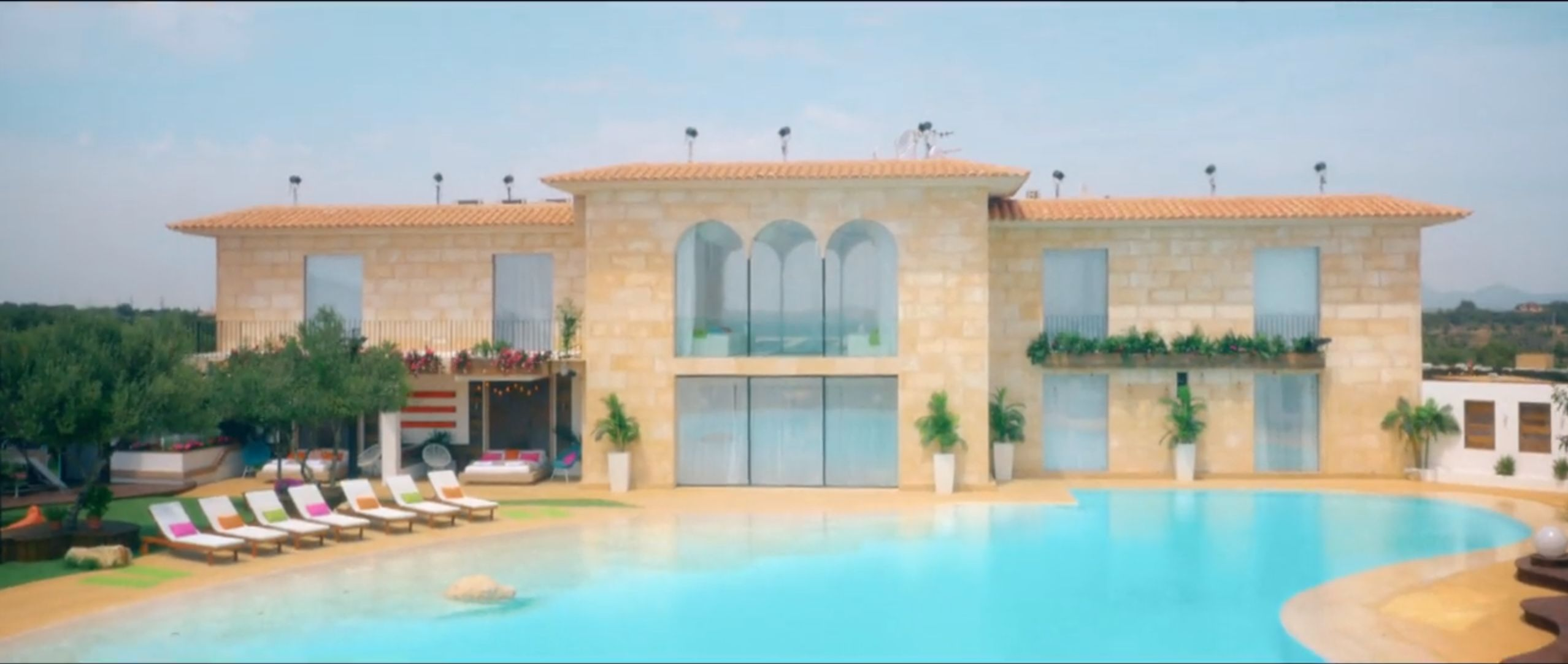 This Is What The Old Love Island Villa Looked Like From