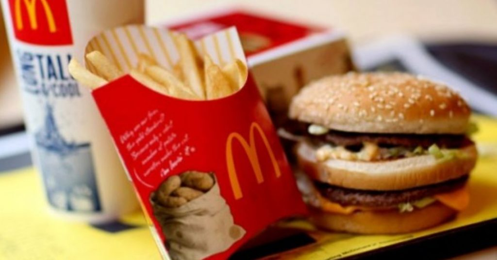 Image may contain: Plant, Burger, Food