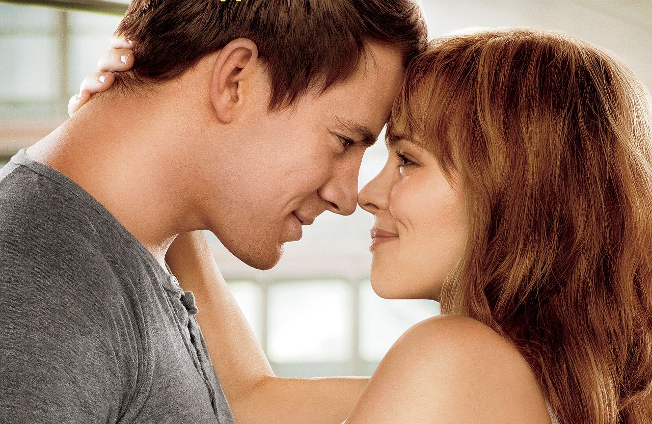 Image may contain: best hangover films on Netflix, UK, US, Netflix, Channing Tatum, Rachel McAdams, The Vow, Skin, Hair, Face, Dating, Person, Human