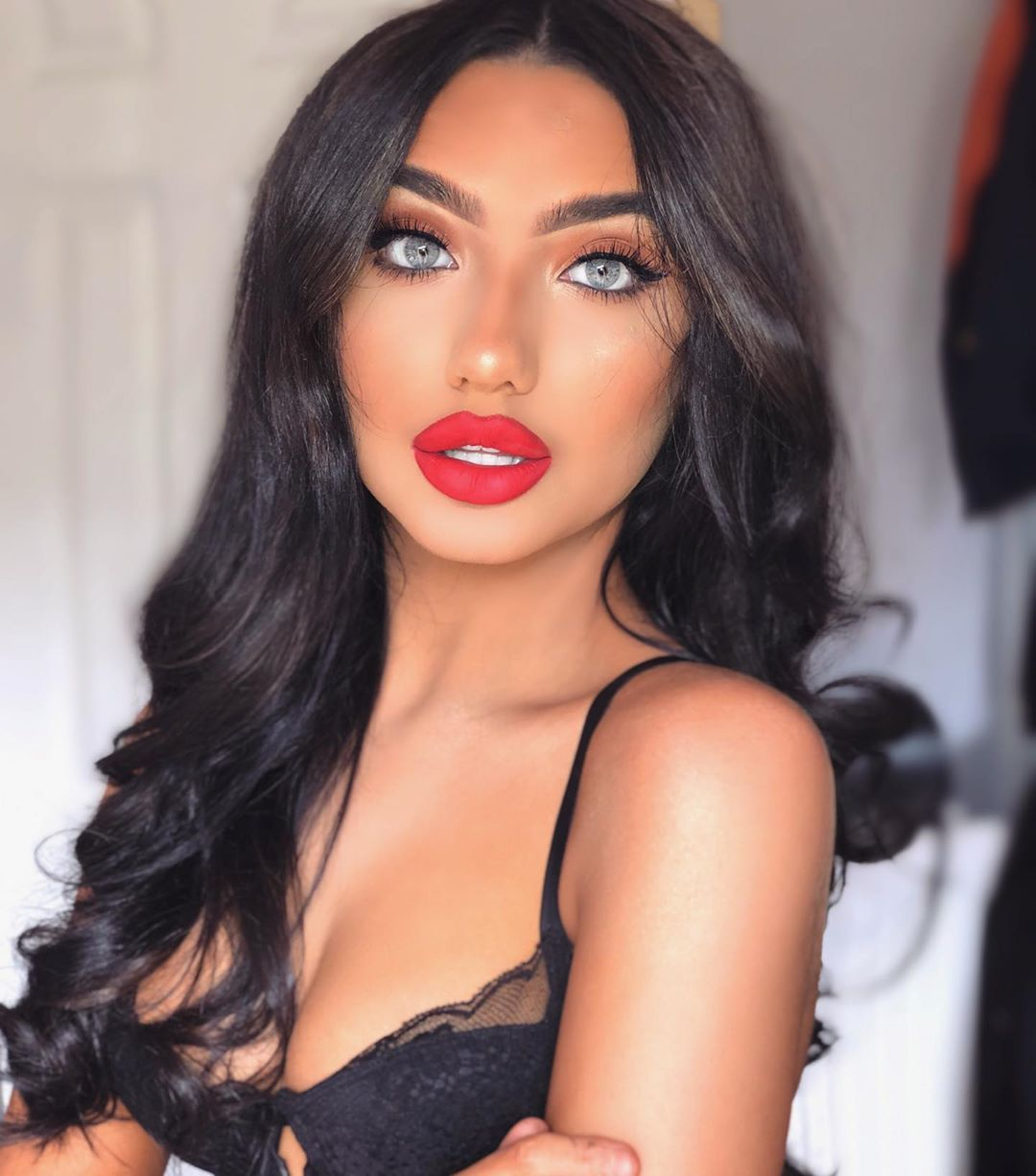 Image may contain: Love Island late arrivals, Love Island, 2019, Jazmine Nichol, cast, contestant,  Lingerie, Underwear, Cosmetics, Lipstick, Black Hair, Apparel, Clothing, Hair, Face, Person, Human