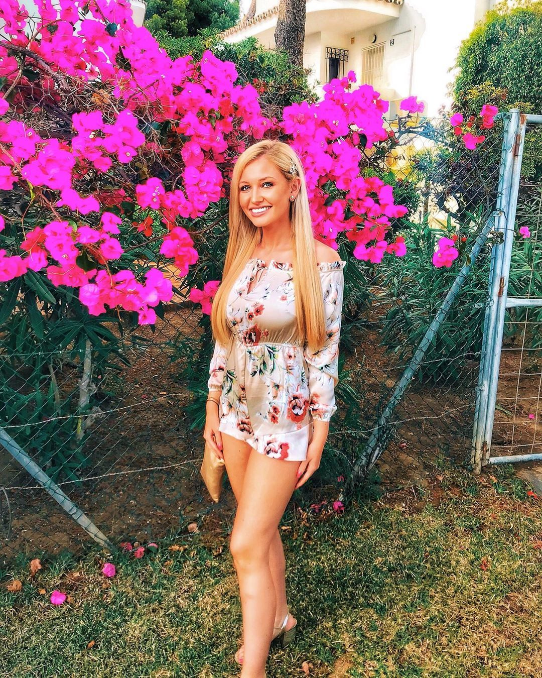 Image may contain: Love Island 2019 Instagrams, Amy Hart, Instagram, Love Island, 2019, contestant, followers, Islander, line-up, cast, Plant, Dress, Shoe, Footwear, Evening Dress, Fashion, Gown, Robe, Child, Woman, Kid, Female, Teen, Blonde, Girl, Person, Human, Clothing, Apparel