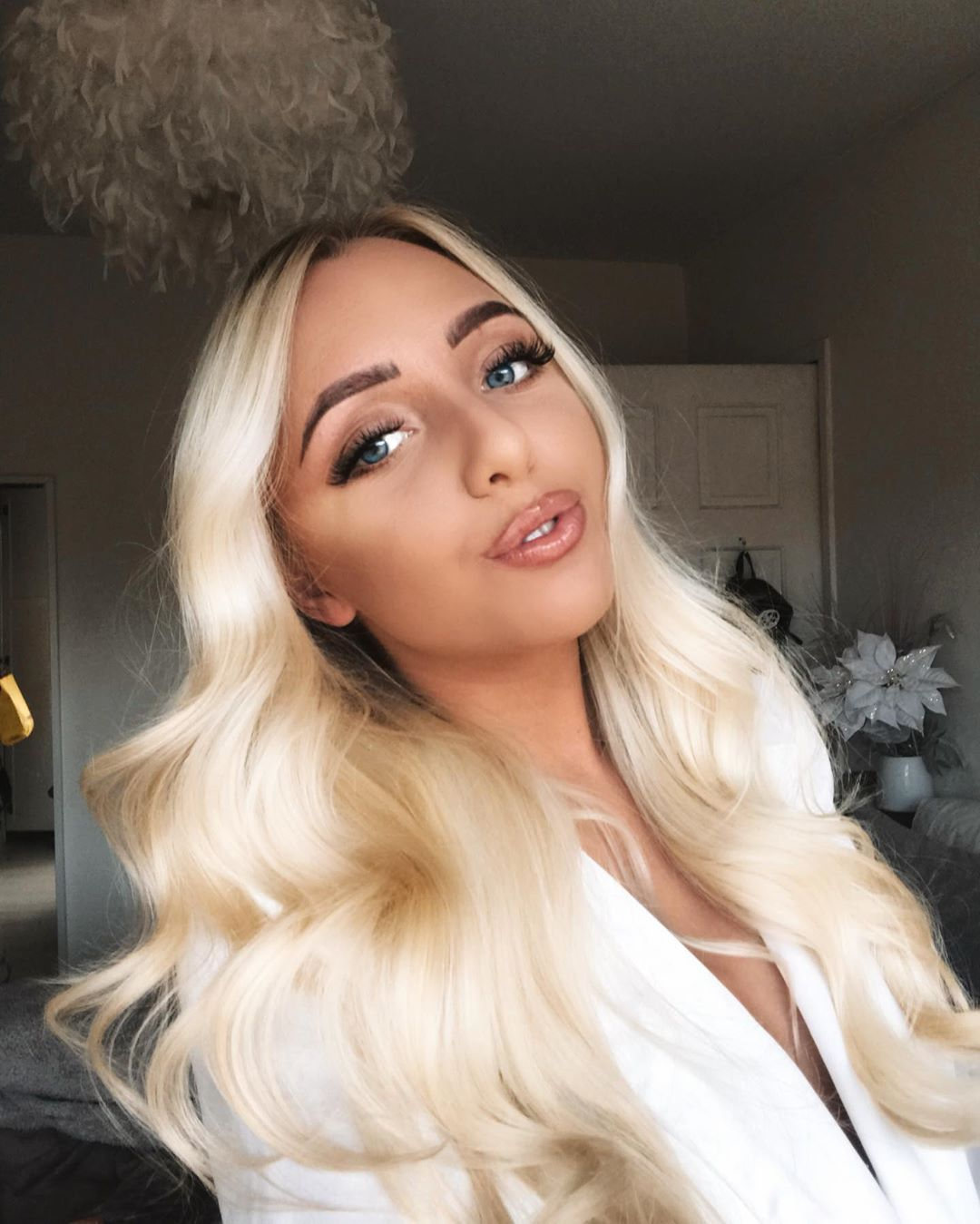 Image may contain: Casa Amor, Love Island, Millie Roberts, Tommy Fury, ex, Islander, cast, date, return, Portrait, Photo, Photography, Clothing, Apparel, Home Decor, Kid, Woman, Female, Blonde, Child, Teen, Girl, Hair, Face, Human, Person
