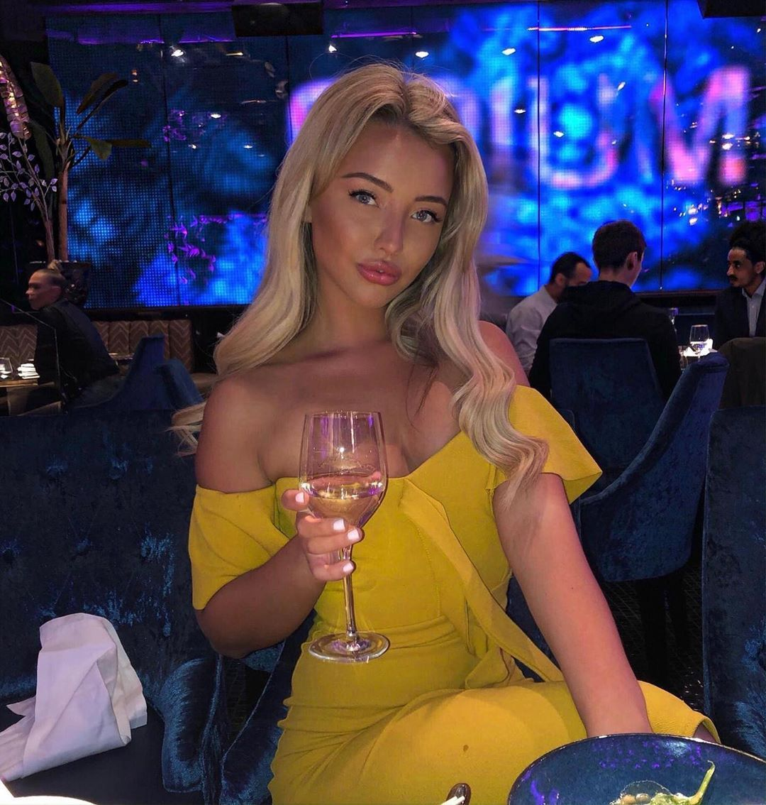 Image may contain: Harley Love Island, Love Island, Harley Brash, new, girl, late, arrival, bombshell, blonde, Instagram, age, job, Goblet, Night Club, Bar Counter, Pub, Club, Night Life, Glass, Human, Person