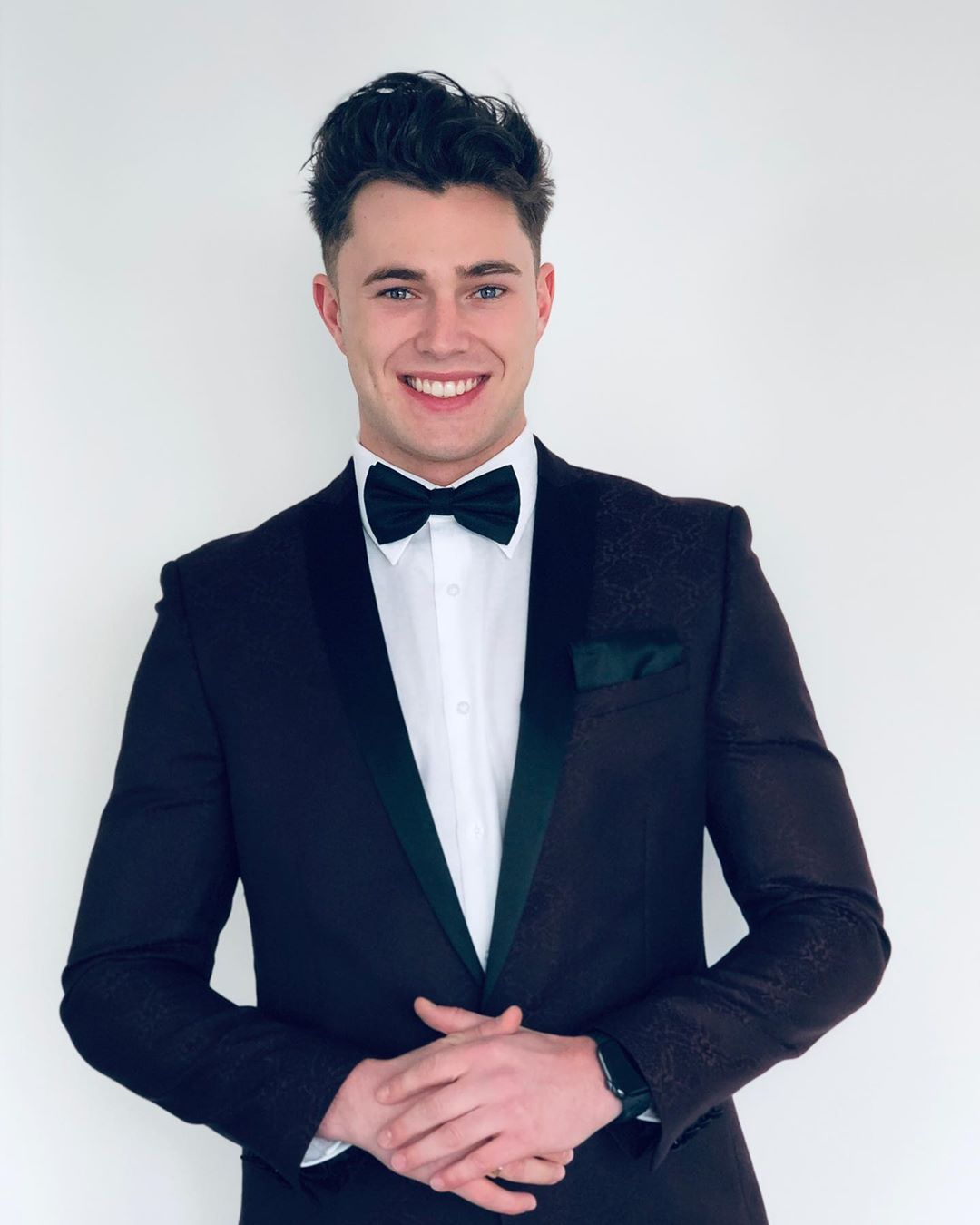 Image may contain: Love Island Instagrams, Love Island, Instagram, followers, ranking, 2019, Curtis, Human, Person, Tuxedo, Clothing, Coat, Overcoat, Apparel, Suit, Accessory, Accessories, Tie