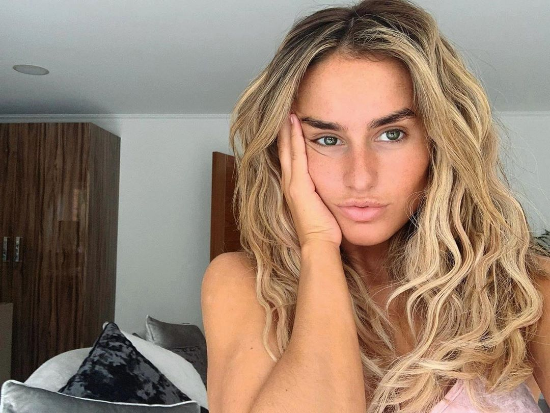 Image may contain: Love Island cast GCSE results, GCSE, results day, 2019, exams, Amber Davies, Love Island, cast, Islanders, GCSE results day 2019, Photo, Portrait, Photography, Skin, Woman, Teen, Child, Girl, Blonde, Kid, Female, Face, Person, Human