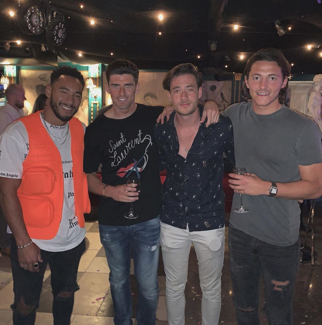 Image may contain: Theo deleted screenshots, Theo Campbell, Josh Denzel, screenshots, video, Love Island, blindness, eye, injury, Instagram story, deleted, mocking, beef, feud, drama, argument, Kaz Crossley, Sleeve, Night Life, Pub, Bar Counter, Jeans, Denim, Apparel, Pants, Clothing, Human, Person