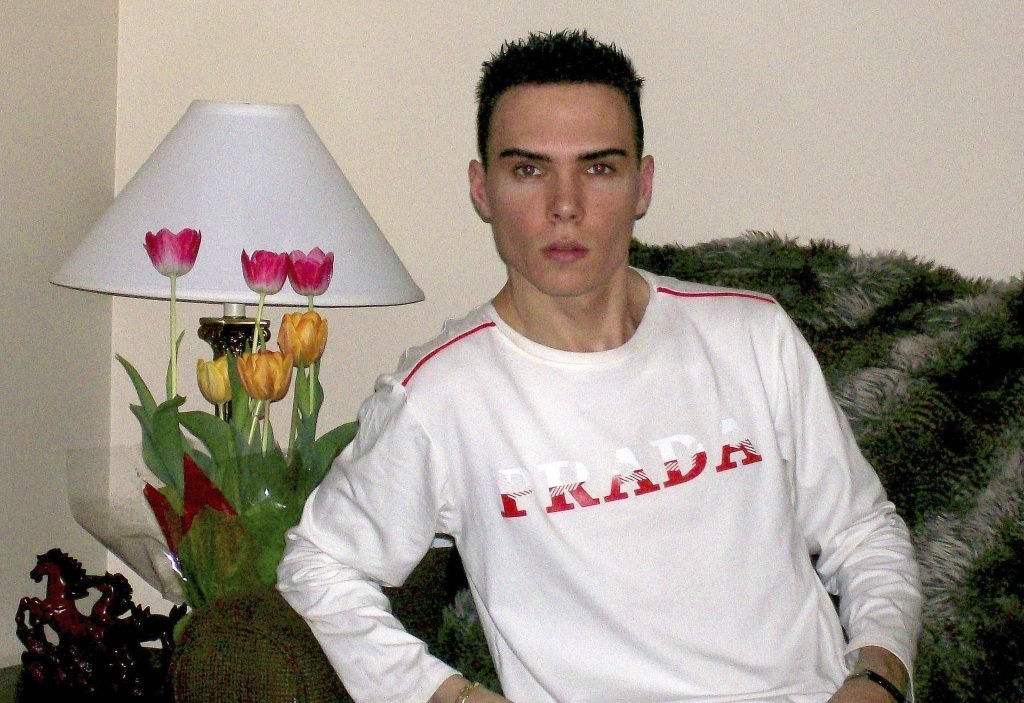 Luka Magnotta, Rocco, Eric Clinton Kirk Newman, now, 2019, 2020, Don't F**k With Cats, Don't Fuck With Cats, Netflix, true crime, documentary, story, real life, latest, early life, crimes, prison, childhood, parents, old, pictures, new, birthday, born, where, who