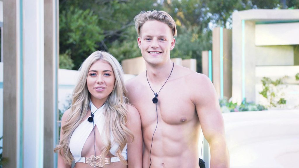 Love Island, winter, gossip, news, latest, updates, South Africa, Cape Town, cast, Islanders, contestants, Ollie, catfish, Paige, couple, Tinder, date