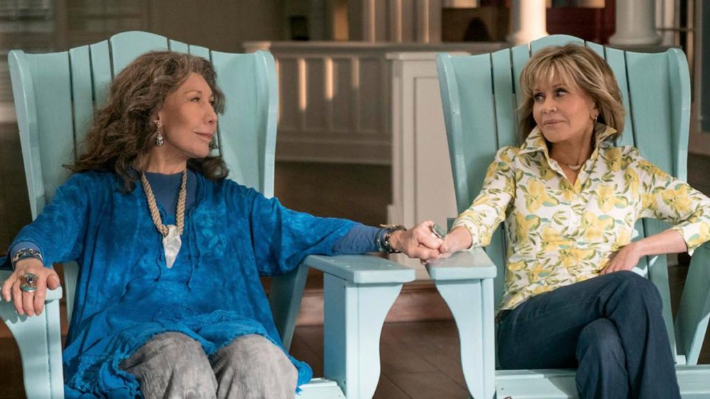 Netflix, easy, viewing, casual, watch, series, shows, phone, looking, playing, Grace and Frankie