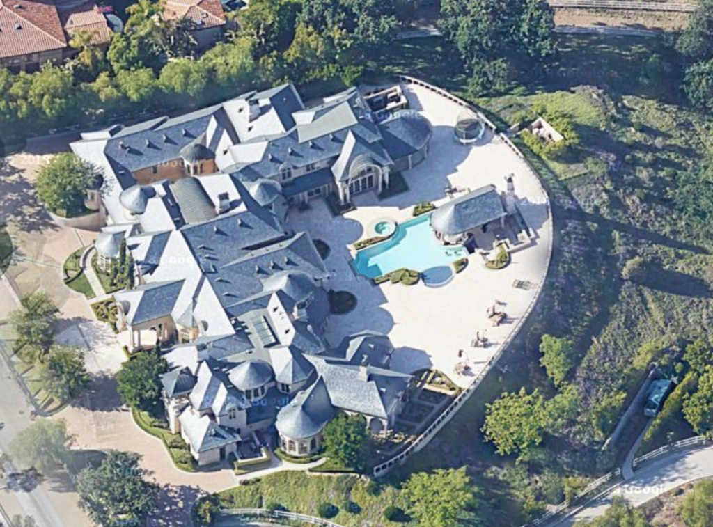 jeffree star house, youtuber houses