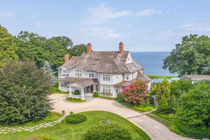 Nest Seekers, the Hamptons, expensive, listings, homes, right now, Million Dollar Beach House, Netflix