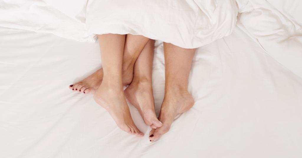 flatcest, sex, flatmate, shagging, couple