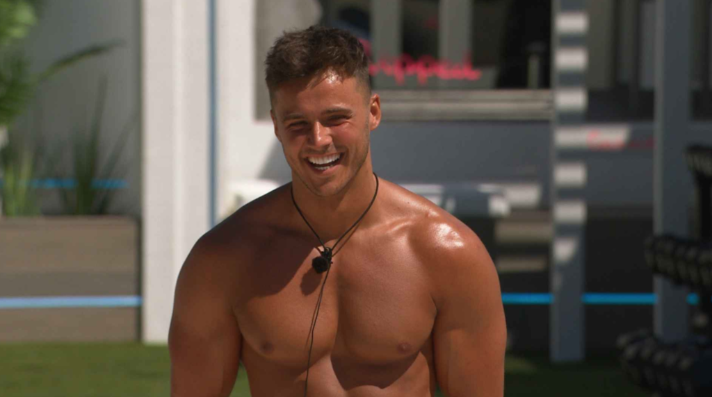 How old is Brad McClelland: The ages of all of the Love Island 2021 Islander cast members