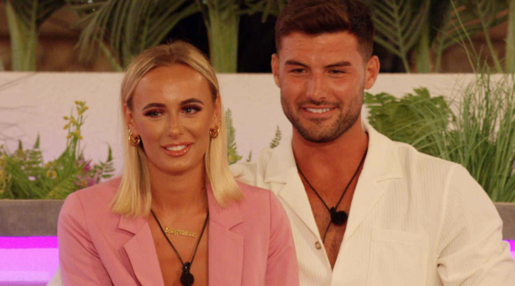 Love Island: A body language expert on which couples will be loyal in Casa Amor, Millie and Liam