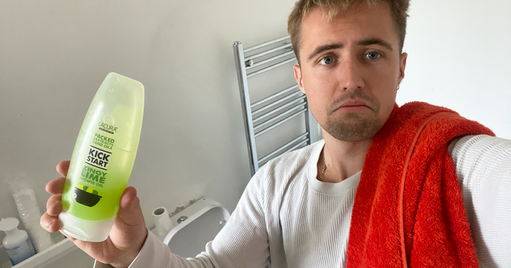 boyfriend-bathroom