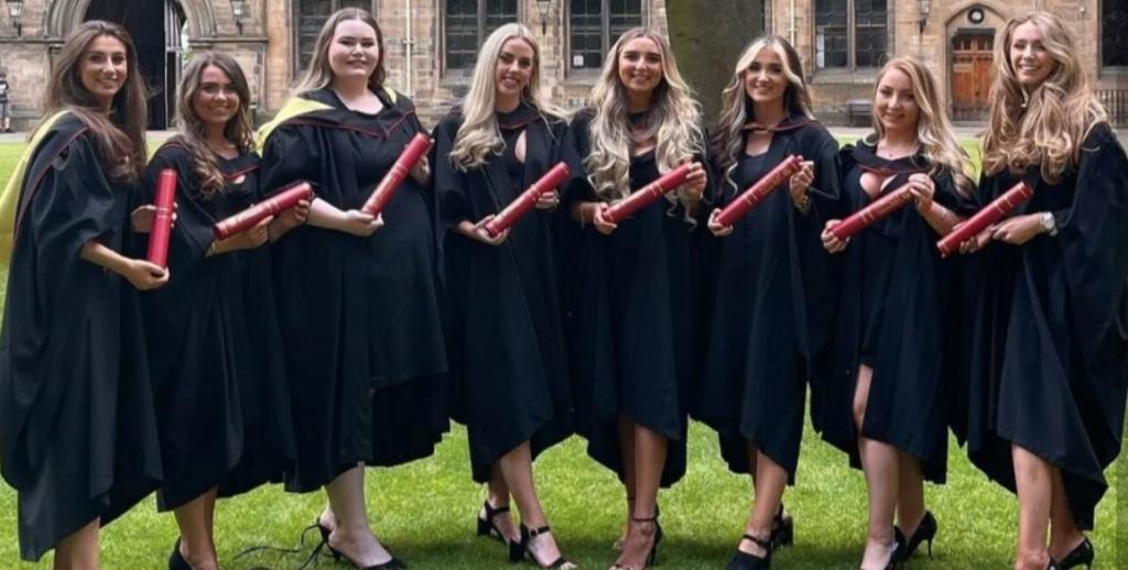 graduates-university