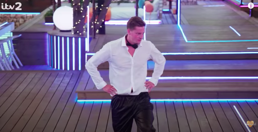 The worst ever outfits worn for the Love Island heart race challenge