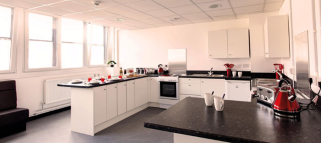glasgow-uni-housing-freshers-miles-away-from-campus
