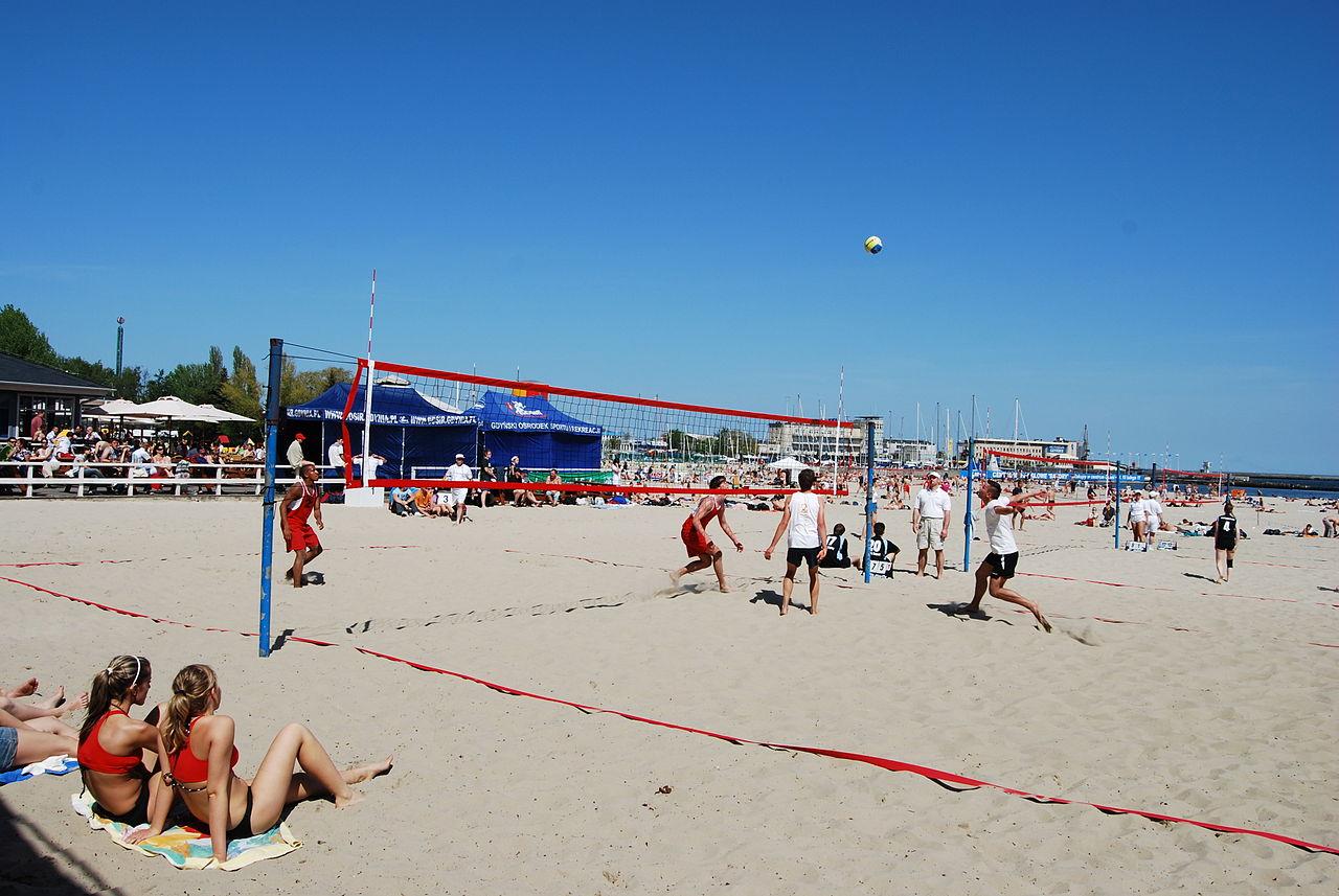 1280px-Beach_volleyball_poland1