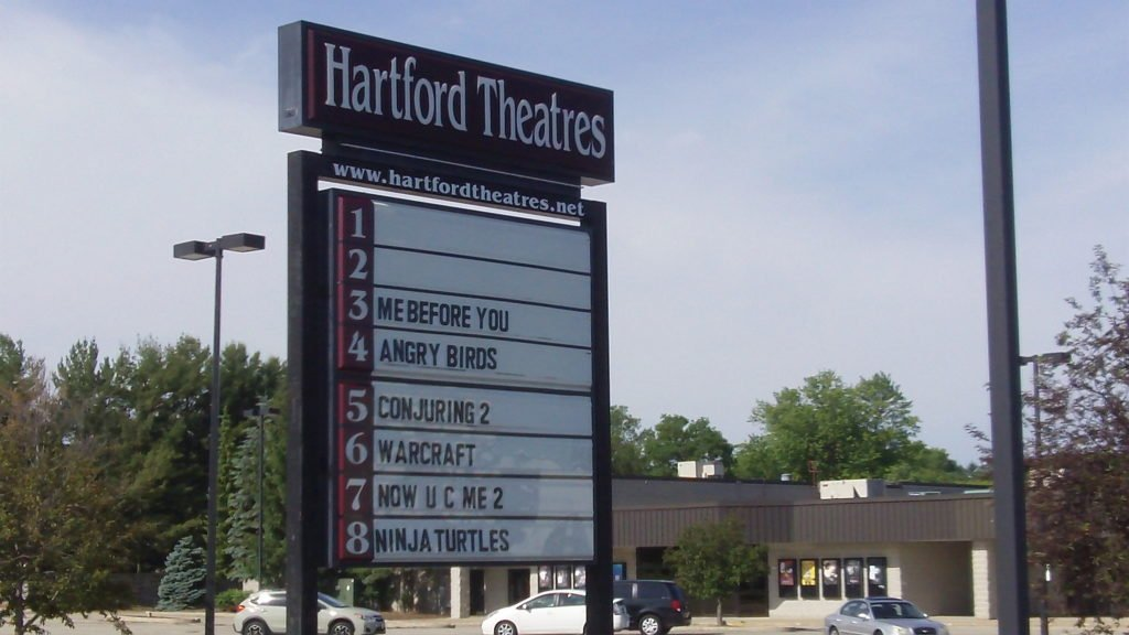 Hartford wisconsin movie theater
