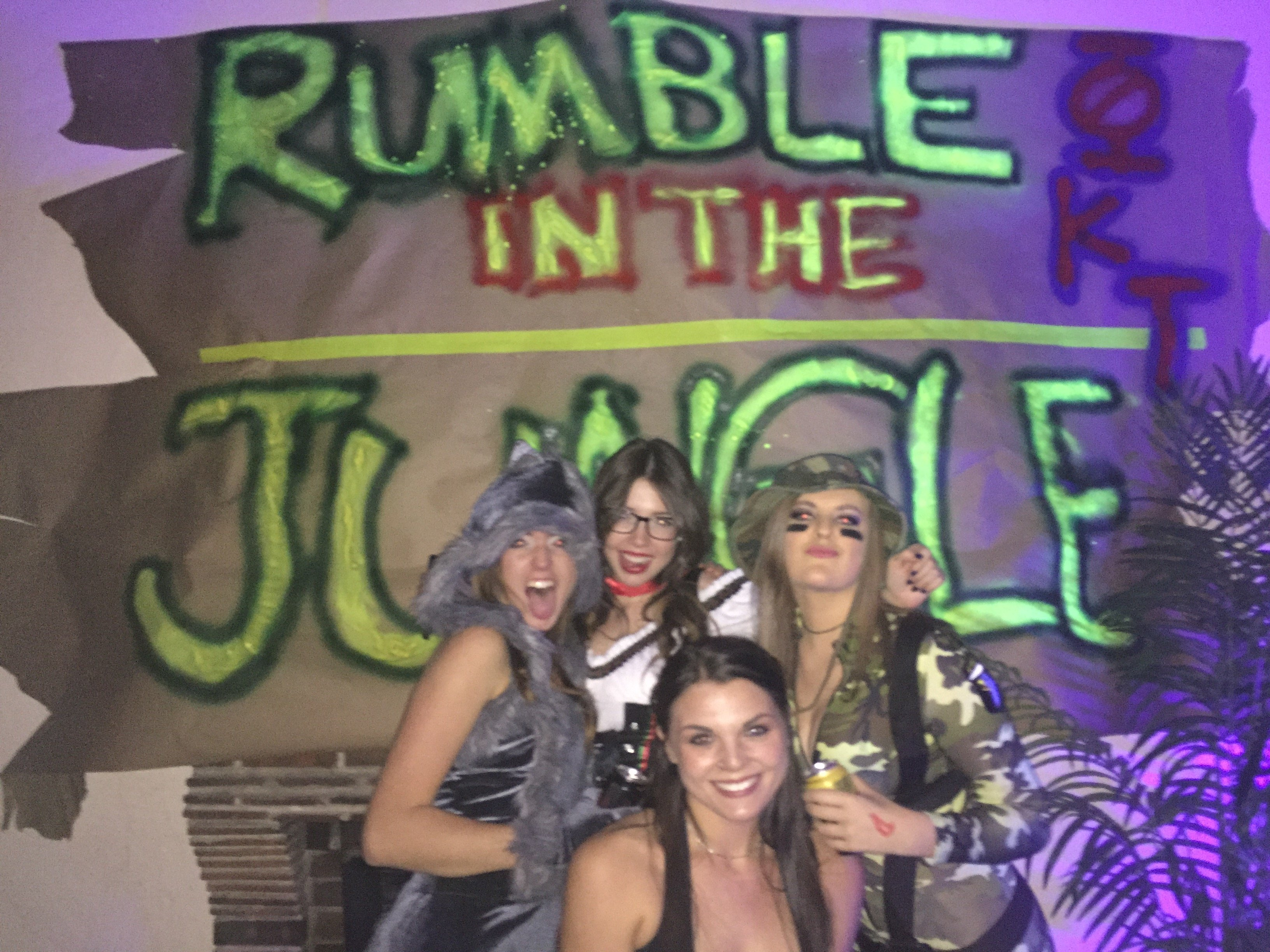 your ultimate guide to themed parties in college