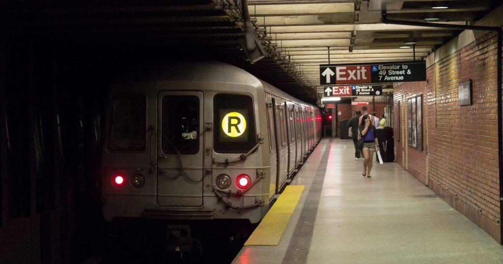 new york subway, are the subways running