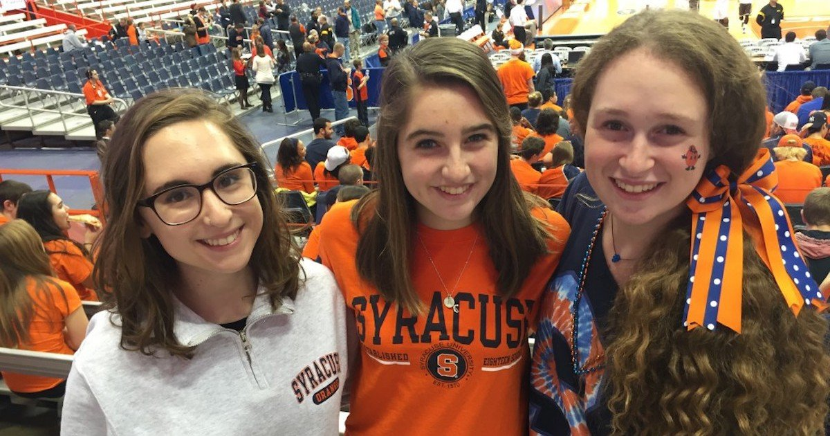 The Best Orange Outfits From Last Night S Basketball Game
