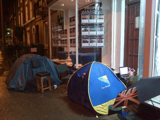 Camping out for first choice of student houses