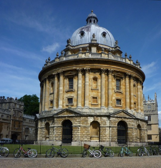 In 2011/12, only 57.7% of Oxford students were state educated...