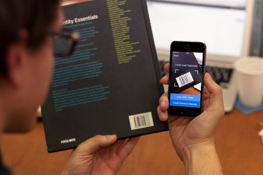 Scanned books are added to a list that can be synced with your computer