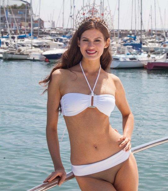 SWNS_MISS_ENGLAND_14 (Copy)