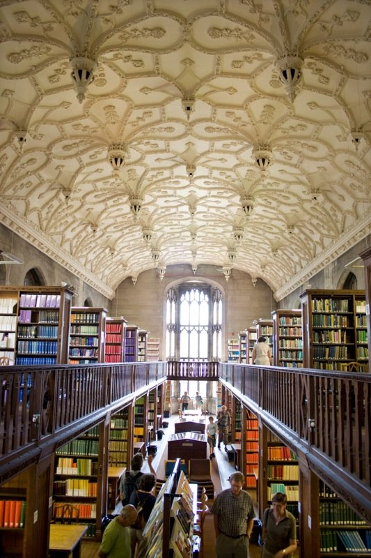 Wills_memorial_library