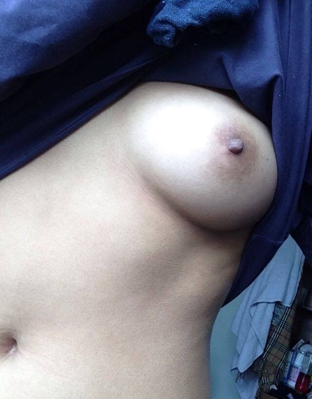 Amateur mature older women perky tits