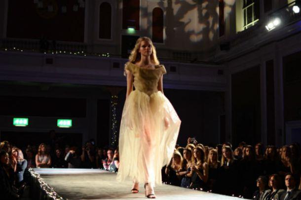 University-Fashion-show-3b