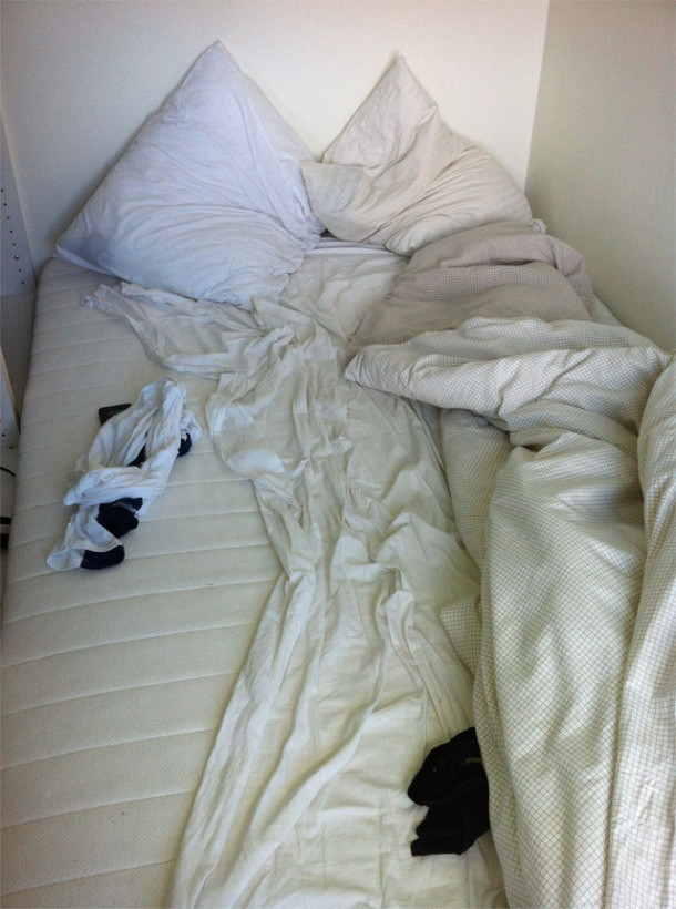 unmade-bed
