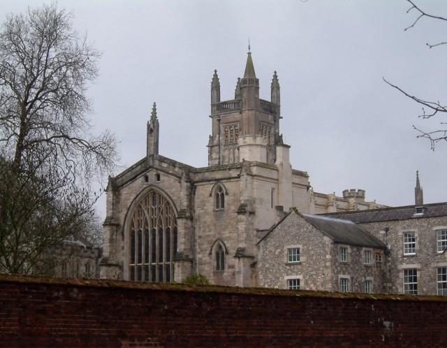 Winchester_-_College-1024x796