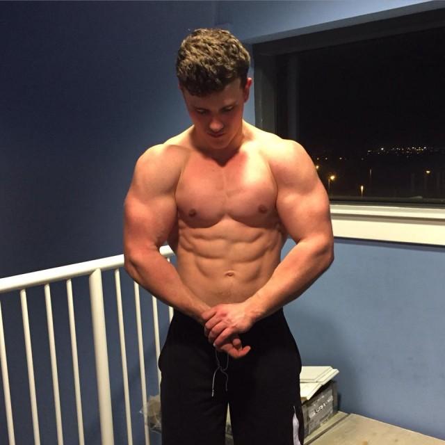 bodybuilder 1