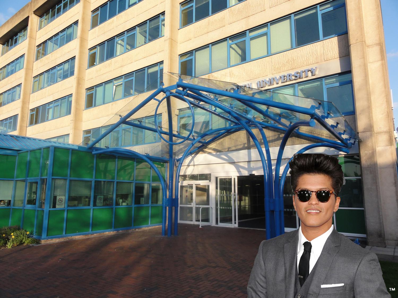 Bournemouth_Uni_entrance