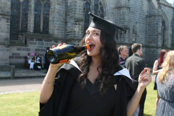 English grads earn £1000 less than those who went to Scottish unis