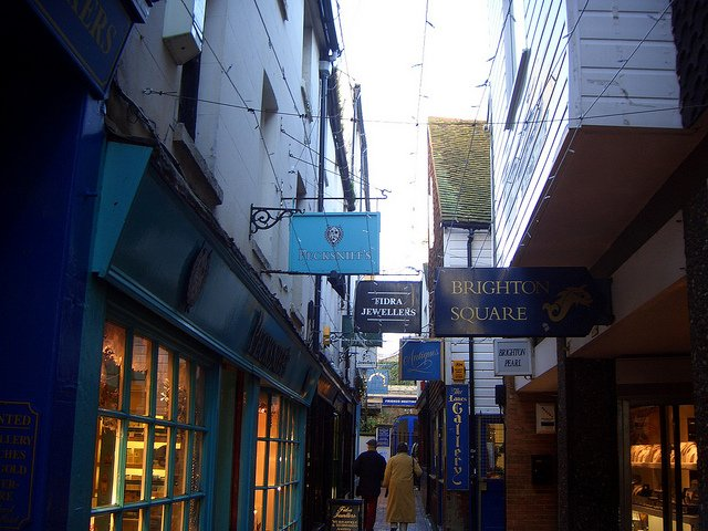 the lanes brighton narrow in daylight