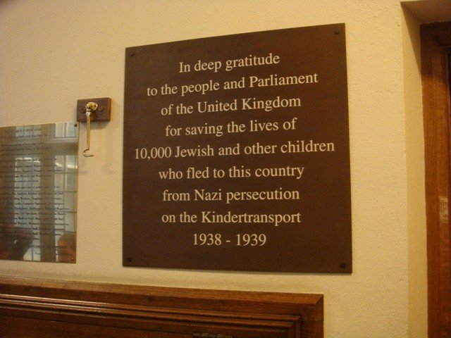 A plaque in the Commons commemorated those who travelled to Britain as part of the Kindertransport scheme